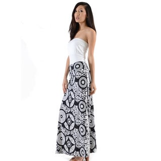 Women's Black and White Polyester Mandal Maxi Skirt