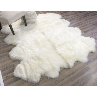 Super Area Rugs 8-pelt Handmade Australian Sheepskin Fur Rug (4' x 5'5)