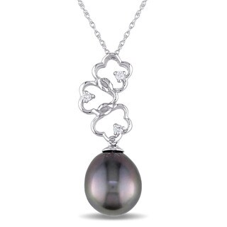 Miadora 14k White Gold Black Tahitian Pearl and Diamond Accent Triple Flower Drop Necklace (G-H, I1-I2) (9.5-10mm)