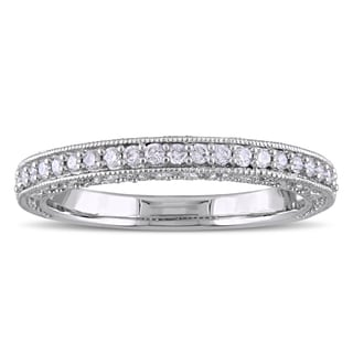 Laura Ashley 10k White Gold 1/4ct TDW Diamond Semi-Eternity Wedding Band (G-H, I1-I2)