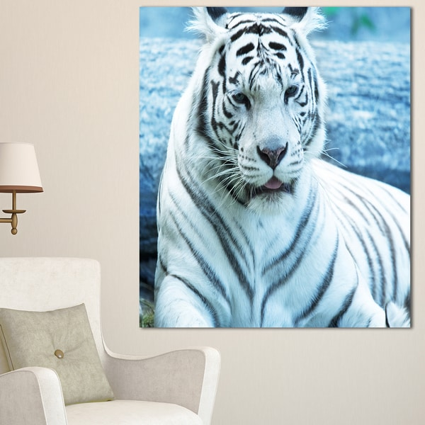 Designart 'Silver Tiger with Water Background' African Canvas Artwork