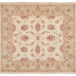 ecarpetgallery Hand-Knotted Chubi Collection Ivory Wool Rug (5'8 x 5'2)