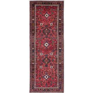 eCarpetGallery Hosseinabad Red Wool/Cotton Hand-knotted Rug (3'7 x 9'9)