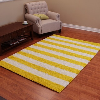 DonnieAnn Shag Yellow Polypropylene Area Rug (5' x 7')