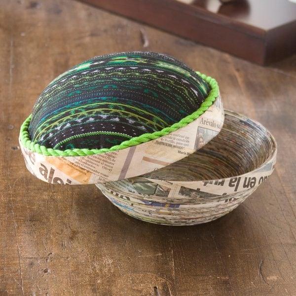 Handmade Recycled Paper 'San Lucas Jade' Decorative Box (Guatemala)
