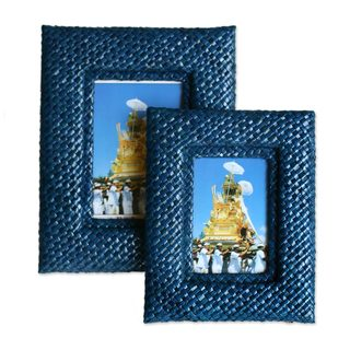 Handmade Pair of Natural in Blue Pandanus Photo Frames (Indonesia)