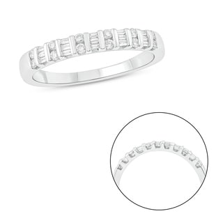 10K White Gold 1/4ct TDW Round & Baguette Diamond Anniversary Band (White)