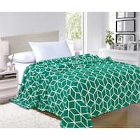 Elegant Comfort Ultra Soft Cube Pattern Fleece Blanket