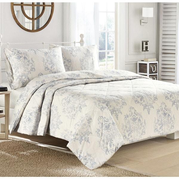 Brielle Medallion Flannel Comforter