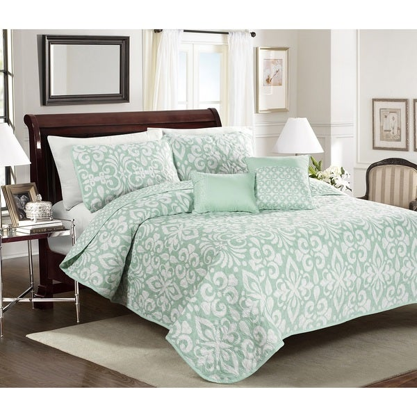Costa Beach 4 or 5-piece Quilt Set