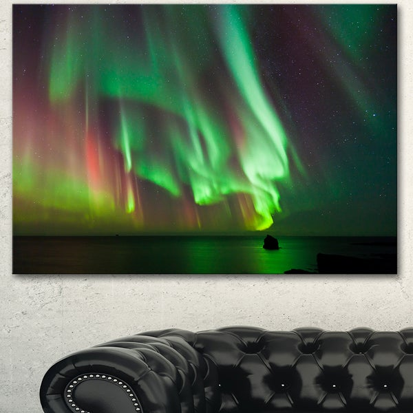 Shop Designart Green Northern Lights Aurora Large