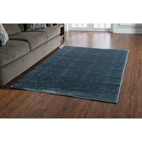 "PowerLoomed Platinum Raw Iron  Blue Polyester Rug (5' X 7'6"")"