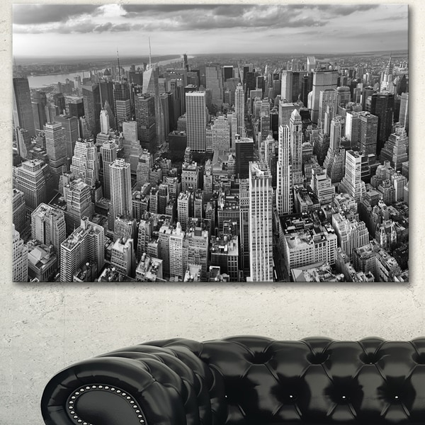 Designart 'Panoramic Aerial View of Manhattan' Modern Cityscape Canvas Artwork