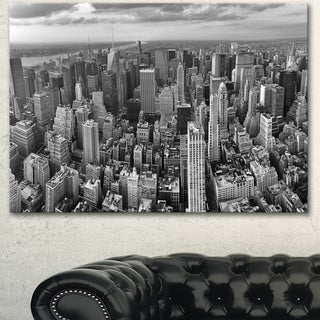 Designart 'Panoramic Aerial View of Manhattan' Modern Cityscape Canvas Artwork