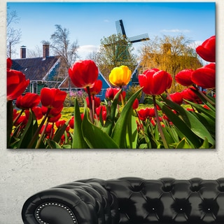 Designart 'Tulips in the Netherlands Village' Modern Floral Wall Artwork