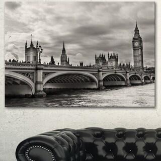 Designart 'Wonderful View of Westminster Bridge' Large Cityscape Wall Art Canvas Print