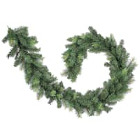 Green/Two-tone Pine 9-foot 260-tip Christmas Garland