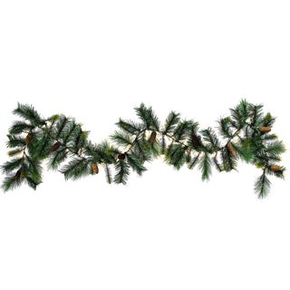 9-foot 83-tip Christmas Pine and Natural Pine Cone Garland