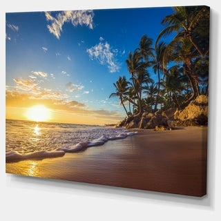 Designart 'Paradise Tropical Island Beach Sunrise' Modern Seashore Canvas Wall Art Print