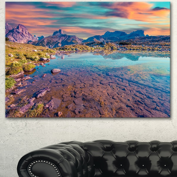 Designart 'Beautiful Lake in Lago Rienza' Seashore Art Print on Canvas - Purple
