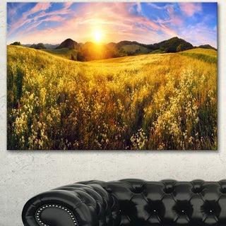 Designart 'Beautiful Meadow Panorama' Landscape Wall Artwork Canvas