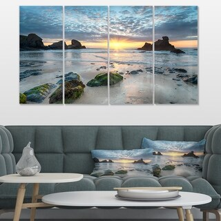 Designart 'Beautiful Porthcothan Bay' Large Seashore Canvas Wall Art (5 options available)