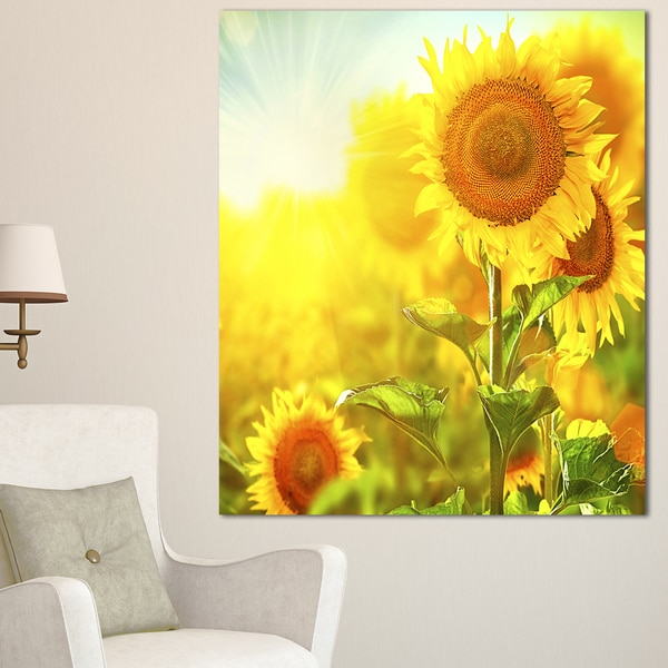 Designart 'Bright Sunflowers Blooming on Field' Large Animal Canvas Wall Art Print - Yellow