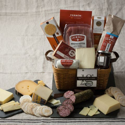 igourmet Gourmet Meat and Cheese Favorites Gift Basket