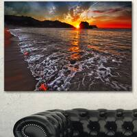 Designart 'Sandy Beach with Lovely Waves' Seashore Art Print on Canvas