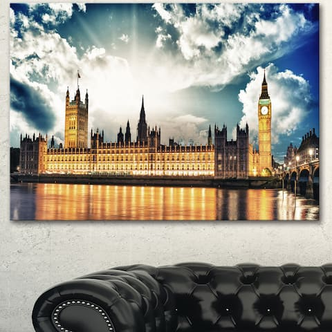 Designart 'Big Ben and House of Parliament' Extra Large Cityscape Wall Art on Canvas - Gold
