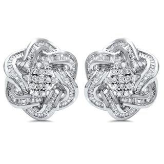 Noori 14k Gold 3 1/3ct TDW Baguette Diamond Omega Hoop Earrings