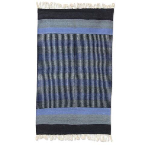 Handmade Indo Blue Shadow Harmony Cotton Rug 3 x 5 Ft. (India) - 3.1' x 5'