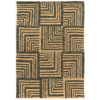 Woven Soumak Beige/Grey Hemp Rug (8' x 11')