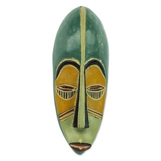Handcrafted Sese Wood 'Bring Good News' African Wall Mask (Ghana)