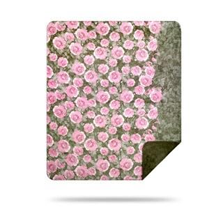 Denali Pink Roses/ Sage Green Throw (50 x 60)