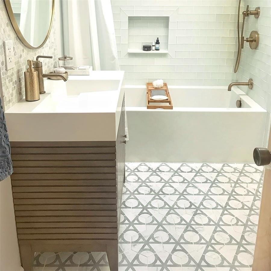 Somertile 7x8-inch Carra Carrara Hexagon Flow Porcelain F...