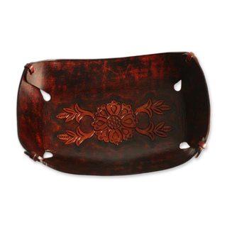 Sunflower Garland Leather Centerpiece (Peru)