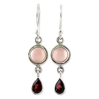 Handcrafted Sterling Silver 'Crimson Droplets' Garnet Chalcedony Earrings (India)