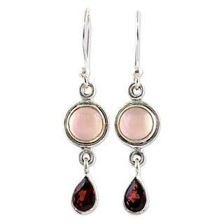 Handmade Sterling Silver 'Crimson Droplets' Garnet Chalcedony Earrings (India)