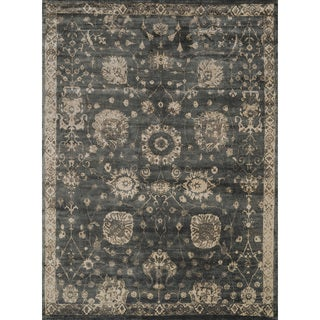 Traditional Distressed Charcoal Grey/ Beige Floral Rug - 12' x 15'