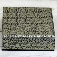 Handmade Weeping Willow Wood 'Silver Bloom' Decorative Box (India)