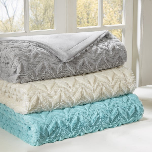 Intelligent Design Kylie Oversized Quilted Blanket 3-Color Option