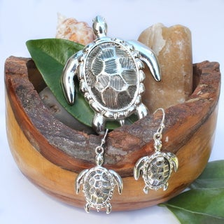 Hammered Metal Art Turtle Necklace Choker Pendant and Earrings Jewelry Set
