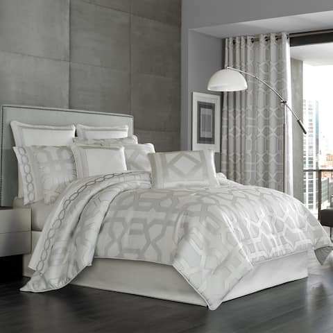 Five Queens Court Kennedy Sterling Woven Jacquard 4-piece Comforter Set