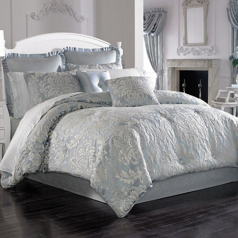 Five Queens Court Faith Woven Jacquard 4-piece Comforter Set
