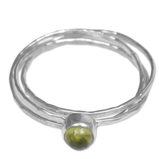 Set of 3 Handcrafted Sterling Silver 'Magical Essence in Light Green' Peridot Rings (Indonesia)
