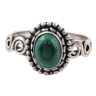 Handcrafted Sterling Silver 'Hypnotic Forest' Malachite Ring (India)