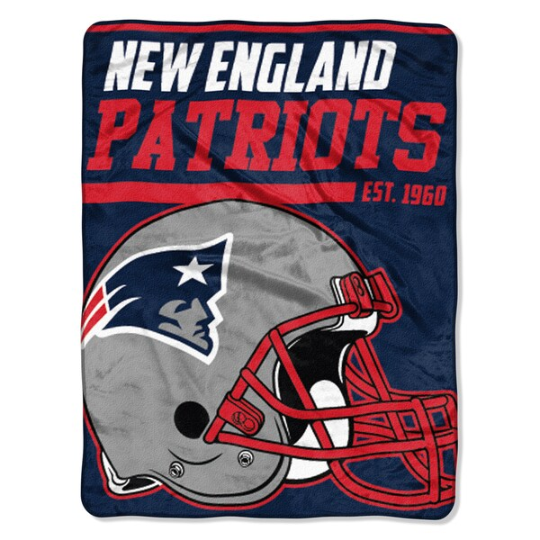 The Northwest Company NFL New England Patriots 40yd Dash Micro Blanket
