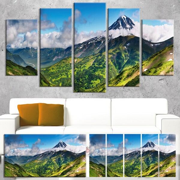 Designart 'Discontinued product' Landscape Canvas Wall Art - Green