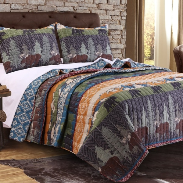 Greenland Home Fashions Black Bear Lodge Quilt Set. Opens flyout.